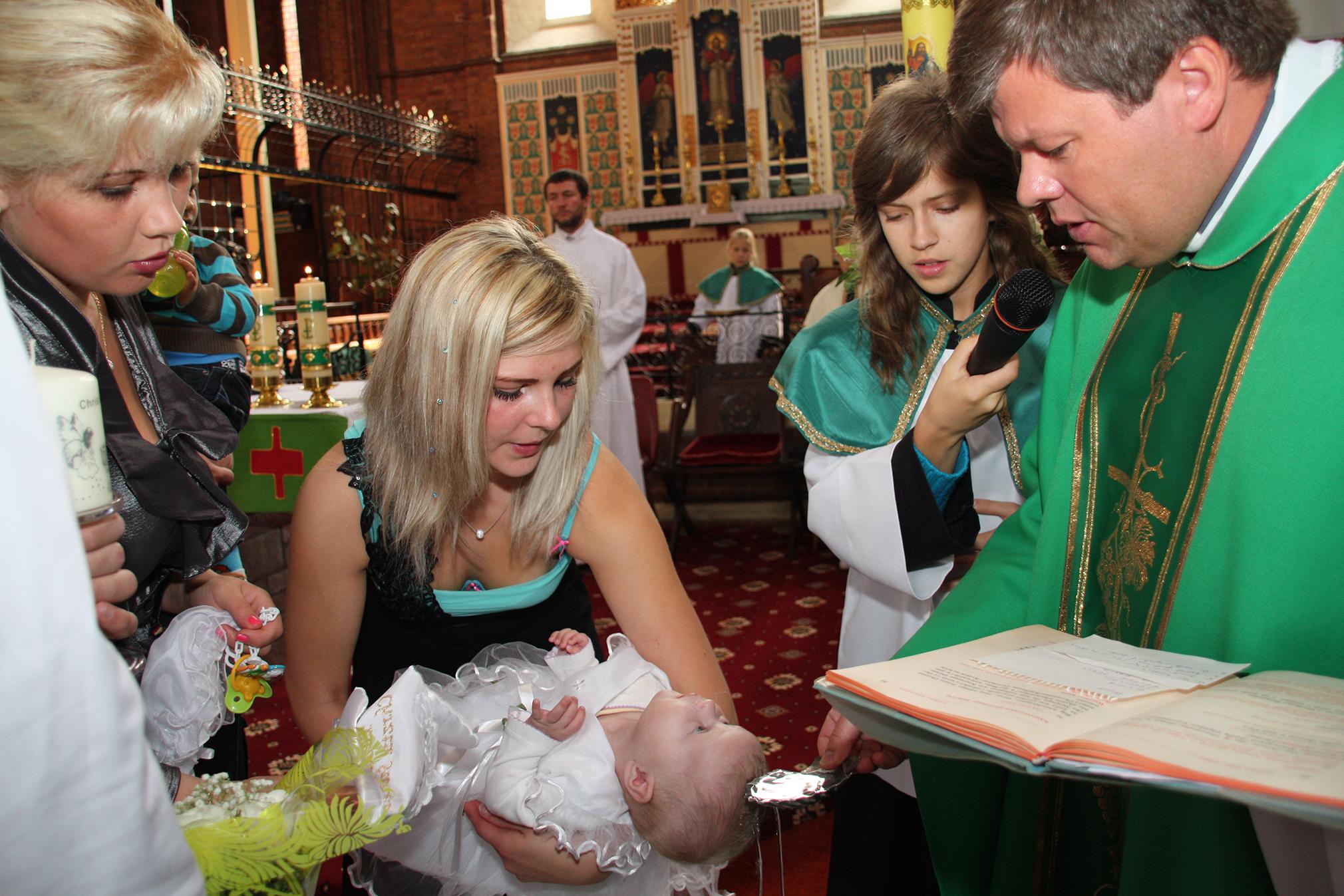 Christening Northampton Chrzest Swiety Northampton Chrest Swiety Londyn Chrzest Swiety Birmingham Chrzest Swiety Wellingborough