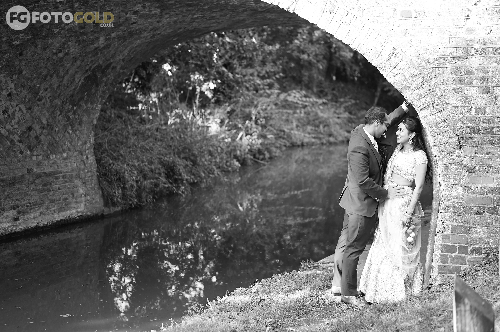 Foto Gold Northampton Wedding Photography
